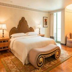 Sheraton Abu Dhabi Hotel & Resort сейф в номере