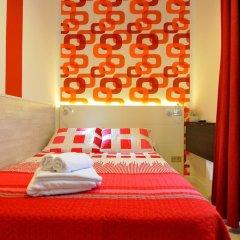 Хостел Far Home Plaza Mayor Стандартный номер с двуспальной кроватью (общая ванная комната) фото 8