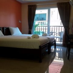 Отель Patamnak Beach Guesthouse 3* Люкс с 2 отдельными кроватями фото 8