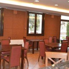 Отель Comtes de Queralt Испания, Санта-Колома-де-Керальт - отзывы, цены и фото номеров - забронировать отель Comtes de Queralt онлайн питание фото 3