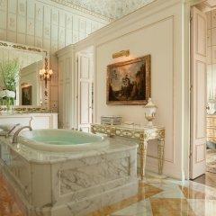 Four Seasons Hotel Firenze 5* Президентский люкс с различными типами кроватей фото 10