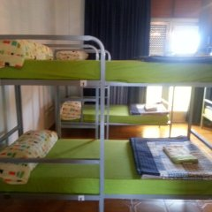 Отель Albergue Pension Flavia Кровать в общем номере фото 6
