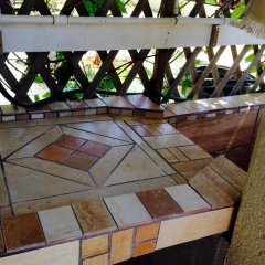 Отель Tirina's Writer's Retreat балкон