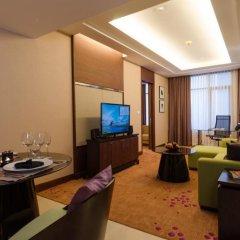 Отель AETAS lumpini комната для гостей фото 5