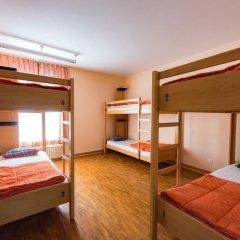 Geneva Hostel Кровать в мужском общем номере с двухъярусной кроватью фото 4