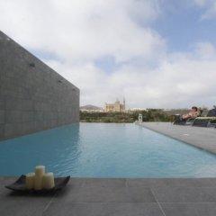 Отель Twilight Holiday Home Мальта, Гасри - отзывы, цены и фото номеров - забронировать отель Twilight Holiday Home онлайн бассейн