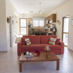 Отель Chara Elizabeth No 2 Villa Кипр, Протарас - отзывы, цены и фото номеров - забронировать отель Chara Elizabeth No 2 Villa онлайн комната для гостей фото 3