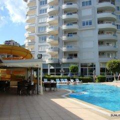 Отель Banana Garden A бассейн
