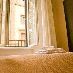Отель The Wesley Rome 3* Стандартный номер с двуспальной кроватью (общая ванная комната) фото 3