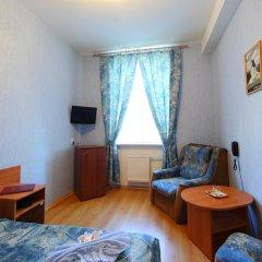 Гостиница У Фонтана Номер Комфорт с различными типами кроватей фото 3