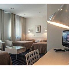 Отель Kaunas Литва, Каунас - 11 отзывов об отеле, цены и фото номеров - забронировать отель Kaunas онлайн комната для гостей фото 5