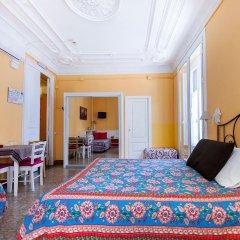 Отель Hostal Pensio 2000 комната для гостей фото 5