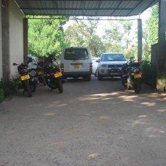 Отель Mountview Holiday Inn парковка
