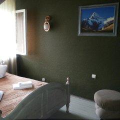 Гостиница 4 Peaks Guest House Стандартный номер с двуспальной кроватью фото 7