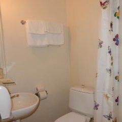 Отель Tatari 53 Эстония, Таллин - 9 отзывов об отеле, цены и фото номеров - забронировать отель Tatari 53 онлайн ванная