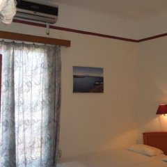 Miramare Hotel Стандартный номер с различными типами кроватей (общая ванная комната) фото 5