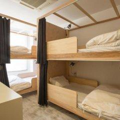 & And Hostel Кровать в общем номере фото 6