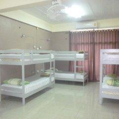 Отель Backpacker's Place Khopai Pattaya Кровать в общем номере с двухъярусной кроватью фото 5