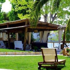 Апартаменты Christaras Apartments гостиничный бар
