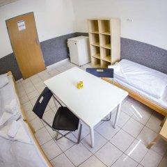 Хостел Seven Prague Номер с общей ванной комнатой с различными типами кроватей (общая ванная комната) фото 34