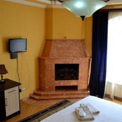 Отель Исака 3* Улучшенный номер с различными типами кроватей фото 3