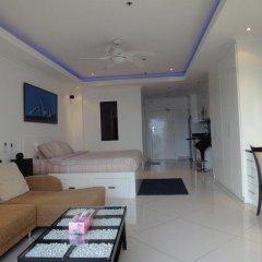Отель Vtsix Condo Service at View Talay Condo Студия с различными типами кроватей фото 2