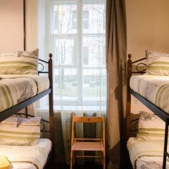 Хостел Trinity & Tours Кровать в общем номере с двухъярусной кроватью фото 24