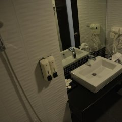 Picnic Hotel Bangkok 3* Стандартный номер с различными типами кроватей фото 10