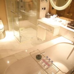 Shanghai Hongqiao Airport Hotel ванная фото 2
