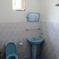 Отель Thisara Guesthouse ванная фото 2