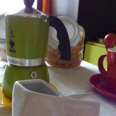 Отель Bed & Breakfast L'Olimpo Чивитанова-Марке питание