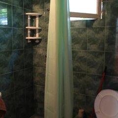 Отель Hostel Old City Sololaki Грузия, Тбилиси - отзывы, цены и фото номеров - забронировать отель Hostel Old City Sololaki онлайн ванная фото 2