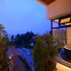 Отель AQUA Villas Rawai 4* Стандартный номер с разными типами кроватей фото 25
