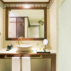 Отель Almanity Hoi An Wellness Resort 4* Улучшенный номер с различными типами кроватей фото 4
