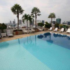 Отель Baiyoke Suite Hotel Таиланд, Бангкок - 3 отзыва об отеле, цены и фото номеров - забронировать отель Baiyoke Suite Hotel онлайн бассейн фото 2