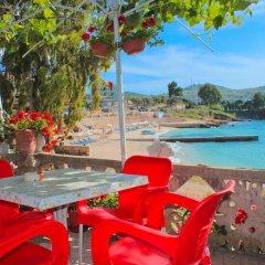 Отель Mustafaraj Apartments Ksamil Албания, Ксамил - отзывы, цены и фото номеров - забронировать отель Mustafaraj Apartments Ksamil онлайн бассейн