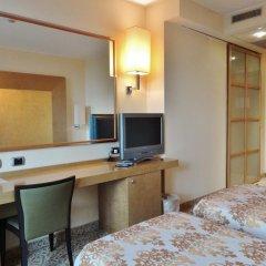 Hotel Tiffany Milano Треццано-суль-Навиглио удобства в номере фото 7