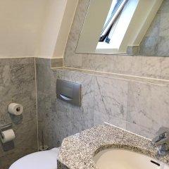 Отель Hayk Германия, Кёльн - отзывы, цены и фото номеров - забронировать отель Hayk онлайн ванная