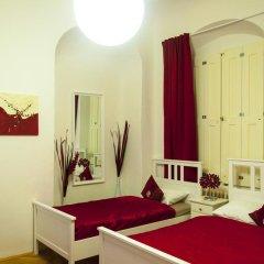 Отель Cherry Charm Apartment Чехия, Прага - отзывы, цены и фото номеров - забронировать отель Cherry Charm Apartment онлайн комната для гостей фото 3