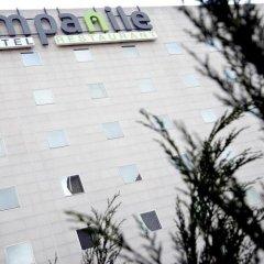 Отель Campanile Paris Est - Porte de Bagnolet Франция, Баньоле - 9 отзывов об отеле, цены и фото номеров - забронировать отель Campanile Paris Est - Porte de Bagnolet онлайн парковка