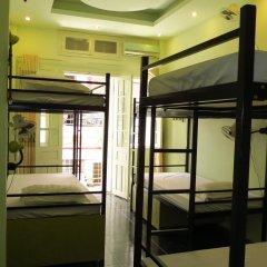 Hanoi Massive Hostel Кровать в общем номере с двухъярусной кроватью