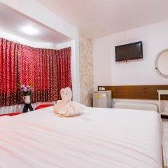 Отель Karon Sunshine Guesthouse & Bar 3* Улучшенный номер с различными типами кроватей фото 20