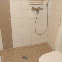 Апартаменты Forenom Apartments Airport ванная фото 2