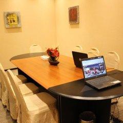 Отель Royal Ascot Hotel Apartment - Kirklees 2 ОАЭ, Дубай - отзывы, цены и фото номеров - забронировать отель Royal Ascot Hotel Apartment - Kirklees 2 онлайн питание