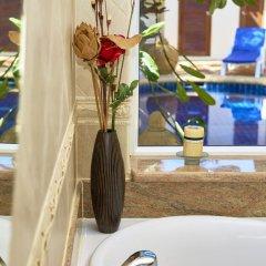 Отель Golden Villa by MyPattayaStay Вилла с различными типами кроватей фото 13
