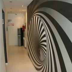 Отель Hostal JQ Madrid 1 Стандартный номер с различными типами кроватей фото 2