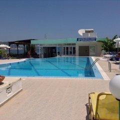 Отель Elpida Beach Studios бассейн фото 2