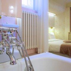 Отель Le Berger Бельгия, Брюссель - 1 отзыв об отеле, цены и фото номеров - забронировать отель Le Berger онлайн ванная фото 2