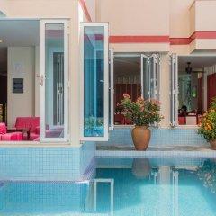 Отель Reveries Diving Village, Maldives бассейн фото 3