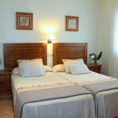 Отель Duplex Playa de Rons сейф в номере